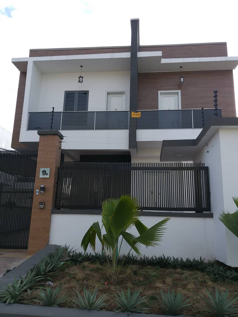 For Sale: Neatly Finished 5 Bedroom Fully Detached Duplex with BQ
