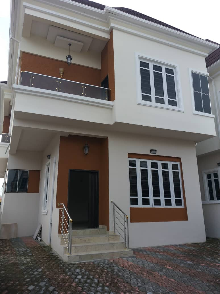 Tasteful 4 Bedroom Spacious Fully Detached Duplex For Sale