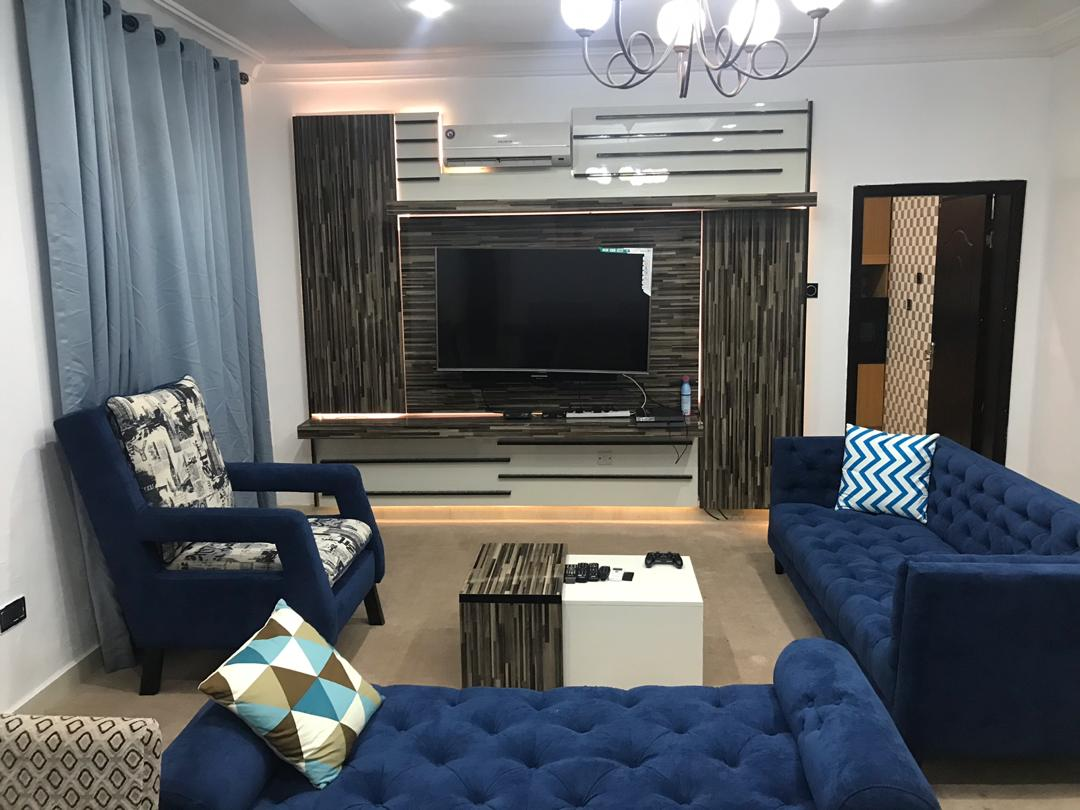 Luxurious 2 Bedrooms Apartment in Banana Island