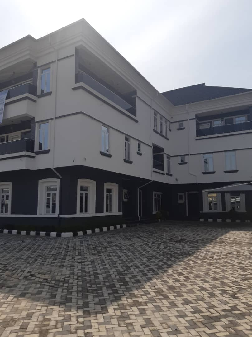 Newly tastefully finished 3 Bedroom Terraced Duplex with fully fitted & furnished