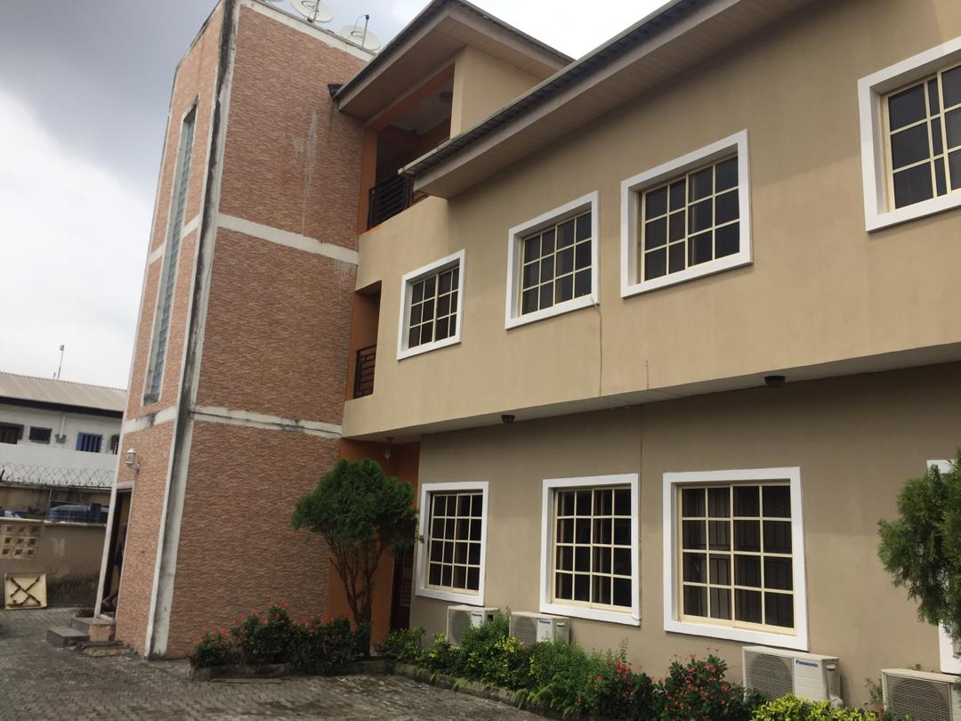 Exclusive and well finished 2 bedroom flat in lekki phase1
