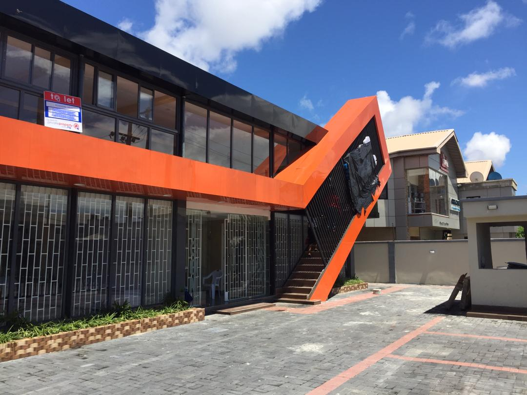 Spacious Office space in Lekki phase1 for Lease