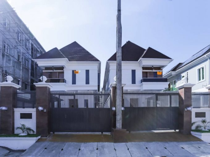 Lovely finished brand new 5 Bedroom detached duplex with BQ