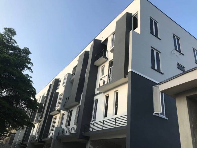 Newly built 4 bedrooms terrace duplex with BQ